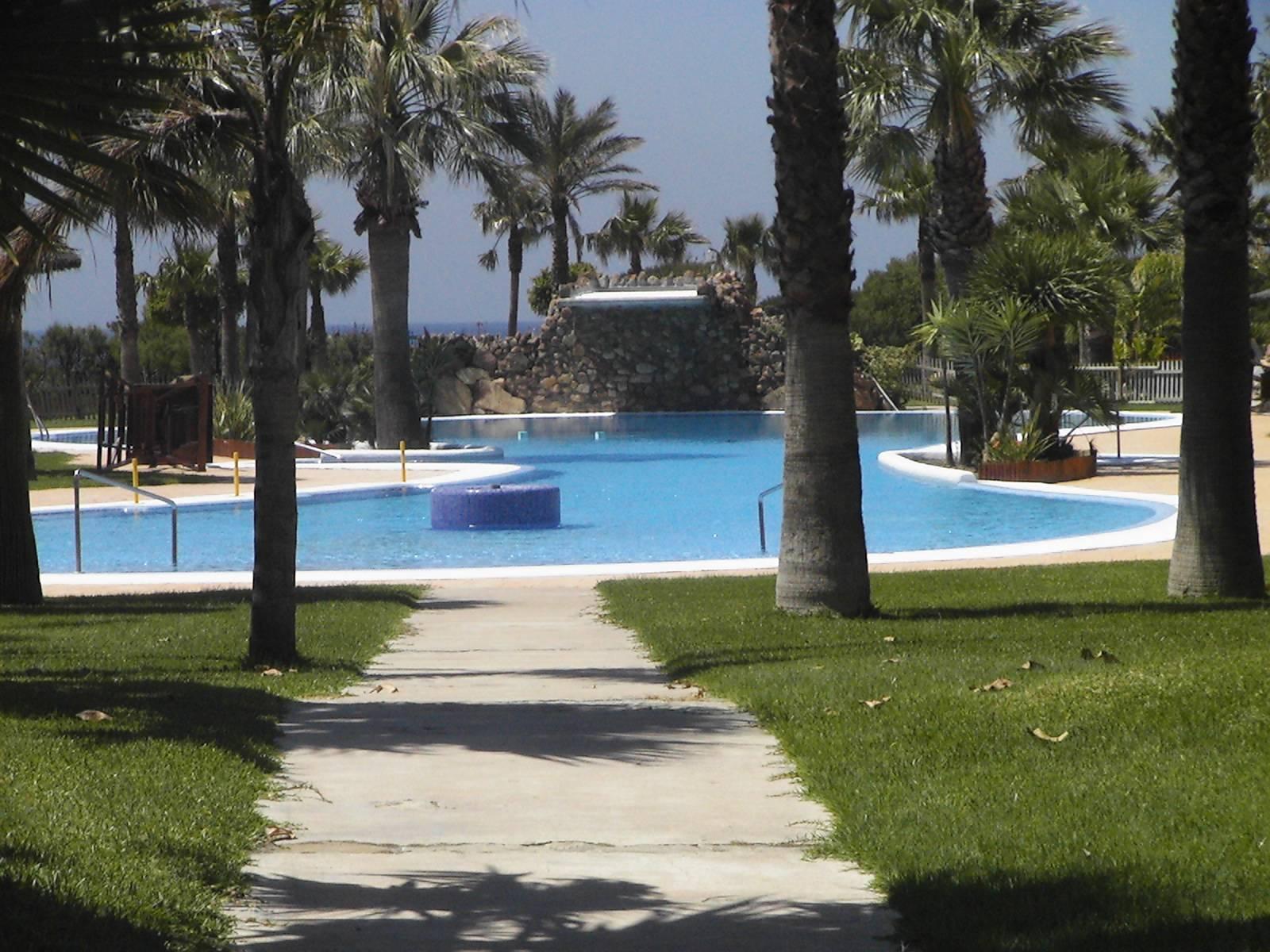 Alquiler casa vacaciones en zahara de los atunes urbanizaci n jardines de zahara - Jardines de zahara ...